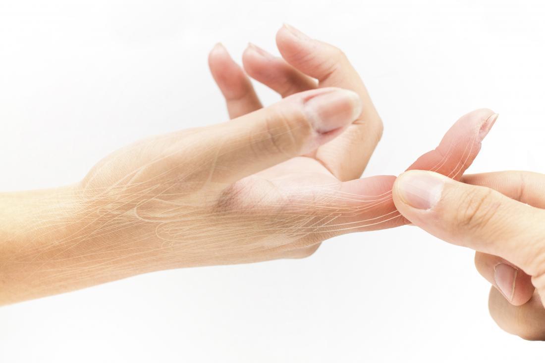 az ujjízület fájdalma fokozódik